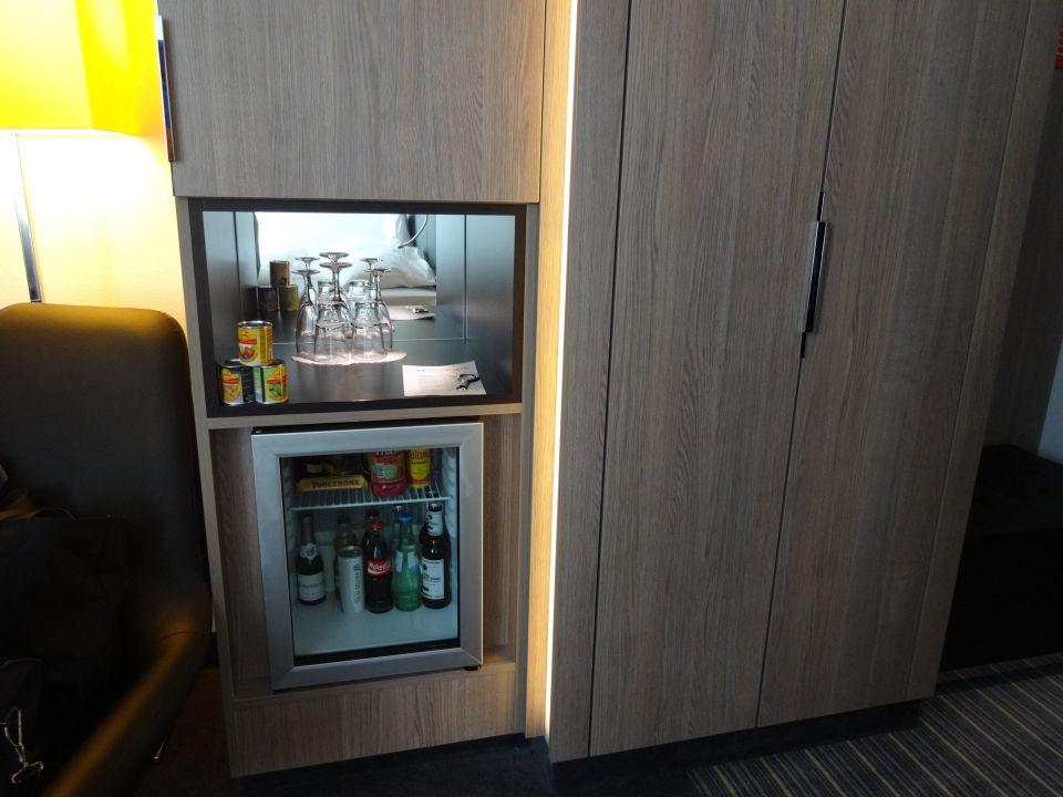 Minibar Mit Kühlschrank : Sirge frigo l d mini kühlschrank minibar g real