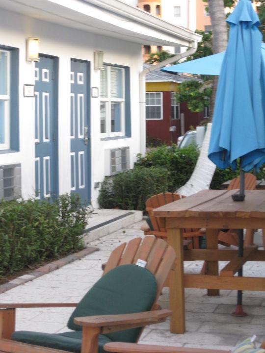 Innenhof Hostel & Hotel Hollywood Beach Suites