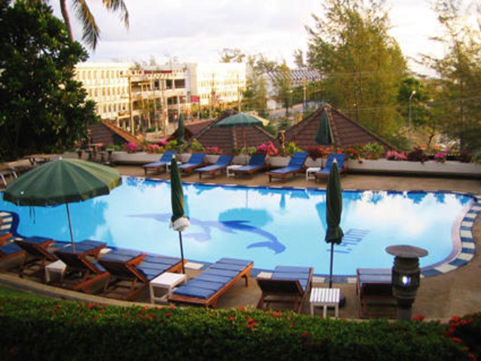 Pool Best Western Phuket Ocean Resort