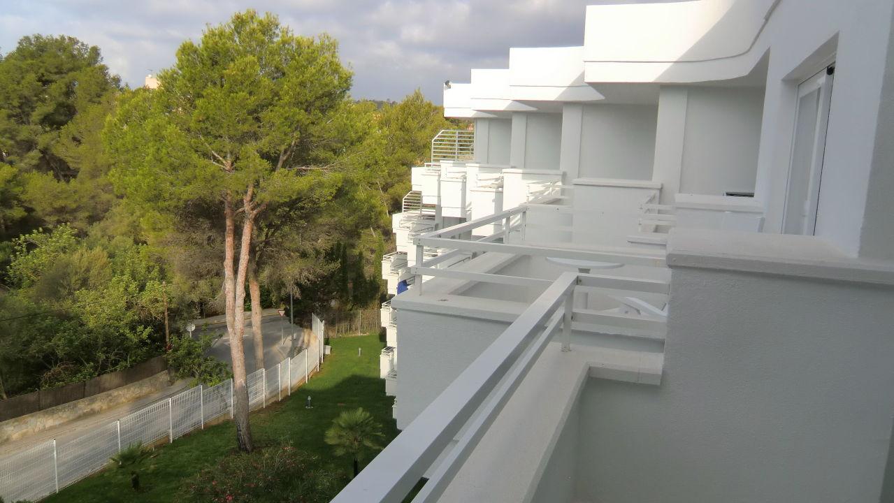 bild blick vom balkon 5 etage zu allsun hotel paguera. Black Bedroom Furniture Sets. Home Design Ideas