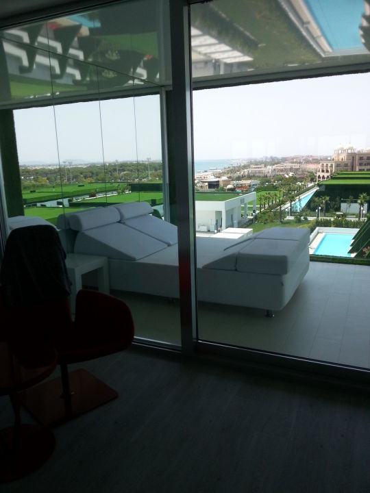 bild balkon mit liege zu adam eve in belek. Black Bedroom Furniture Sets. Home Design Ideas