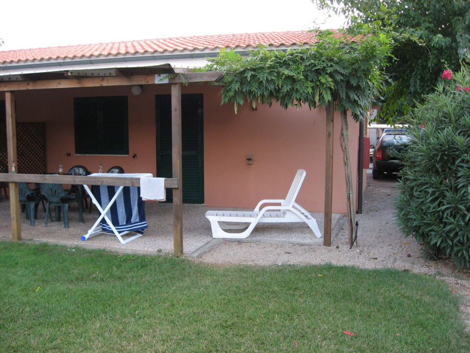 bungalow de luxe terrasse camping pappasole riotorto holidaycheck toskana italien. Black Bedroom Furniture Sets. Home Design Ideas