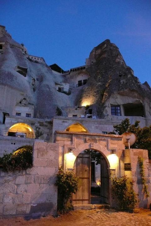 Blick von Außenterrasse Village Cave House Hotel