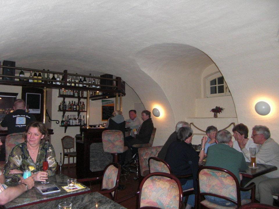 Pub im Hotel Van der Valk Parkhotel Schloss Meisdorf