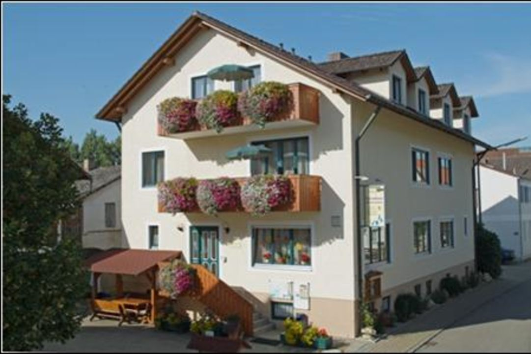 Haupthaus Gästehaus Biedermann
