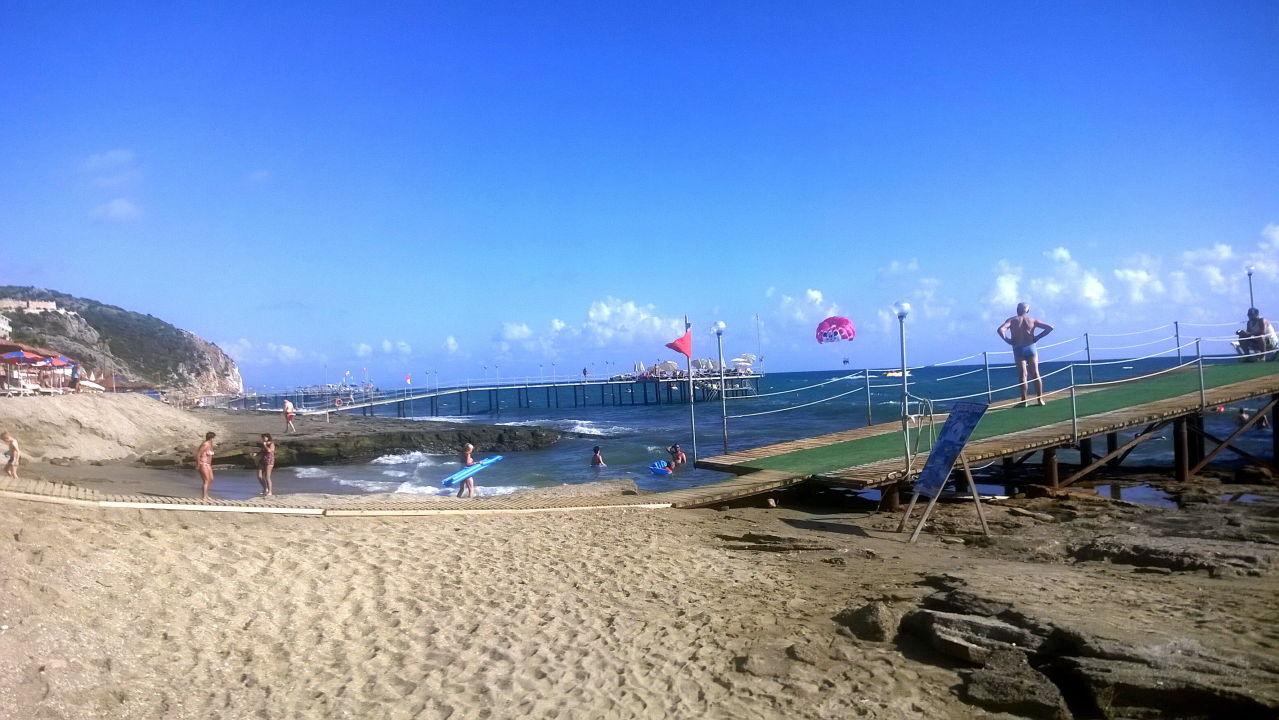 Quattro Beach Spa Resort