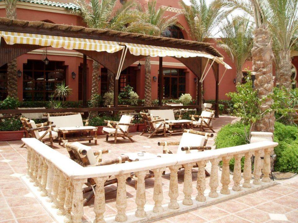 Gemütliche Sitzecke nähe des Pools TUI MAGIC LIFE Sharm el Sheikh