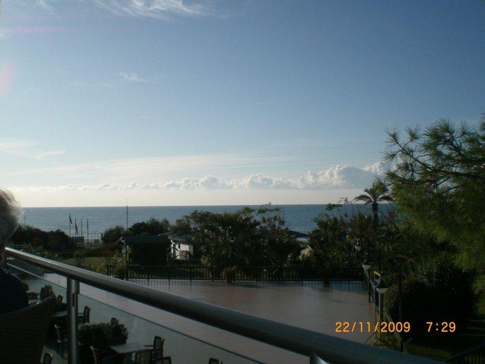 Noch ein Ausblick beim Essen Arcanus Side Resort