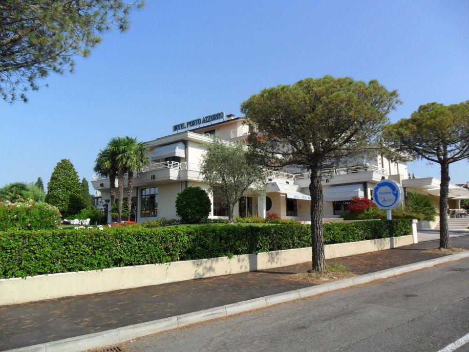 Außenansicht Hotel Porto Azzurro