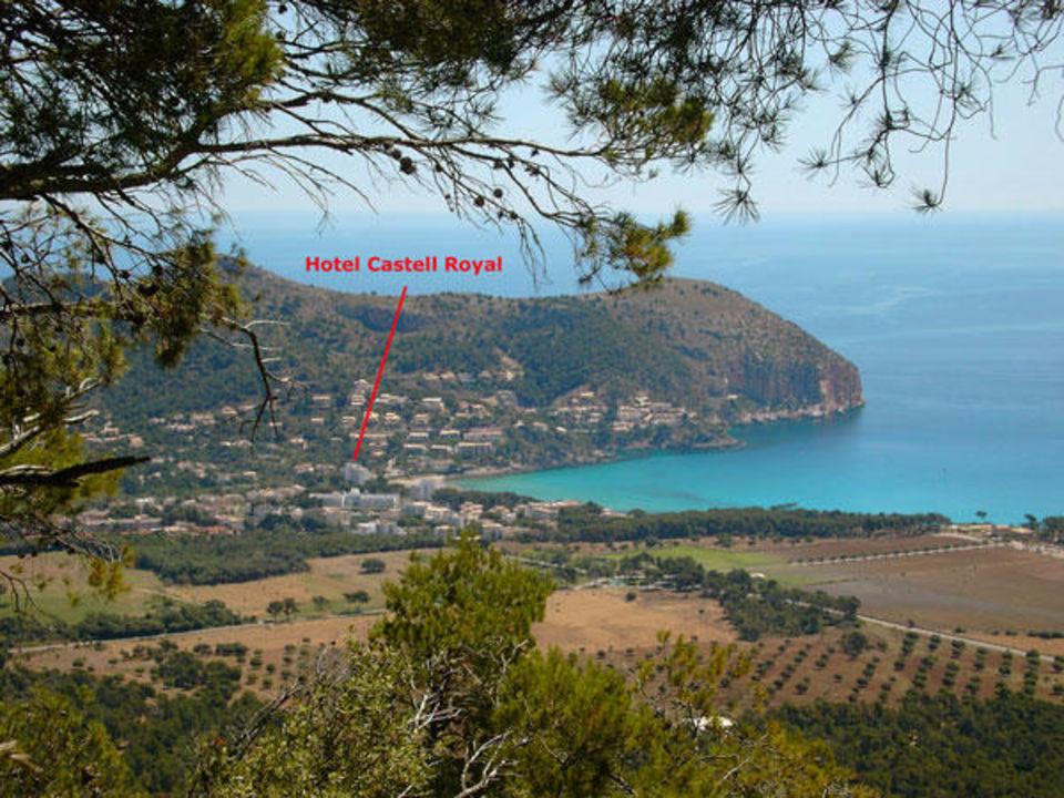 Castell Royal Lage  Universal Hotel Castell Royal