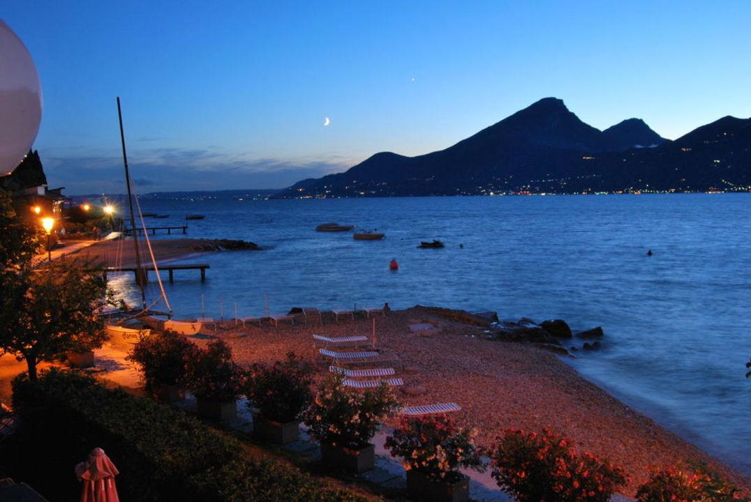 La nostra spiaggia di sera  Hotel La Caletta Bolognese