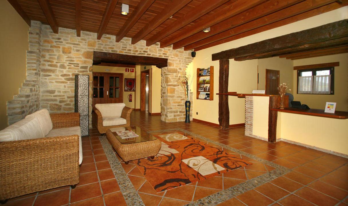 Recepcion Hotel-Apartamento Rural Atxurra