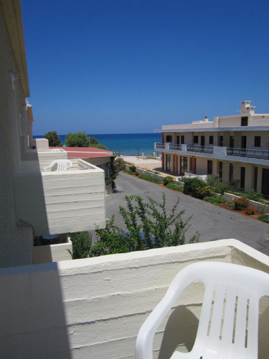Ausblick vom Balkon Cretan Filoxenia Beach Hotel  (geschlossen)