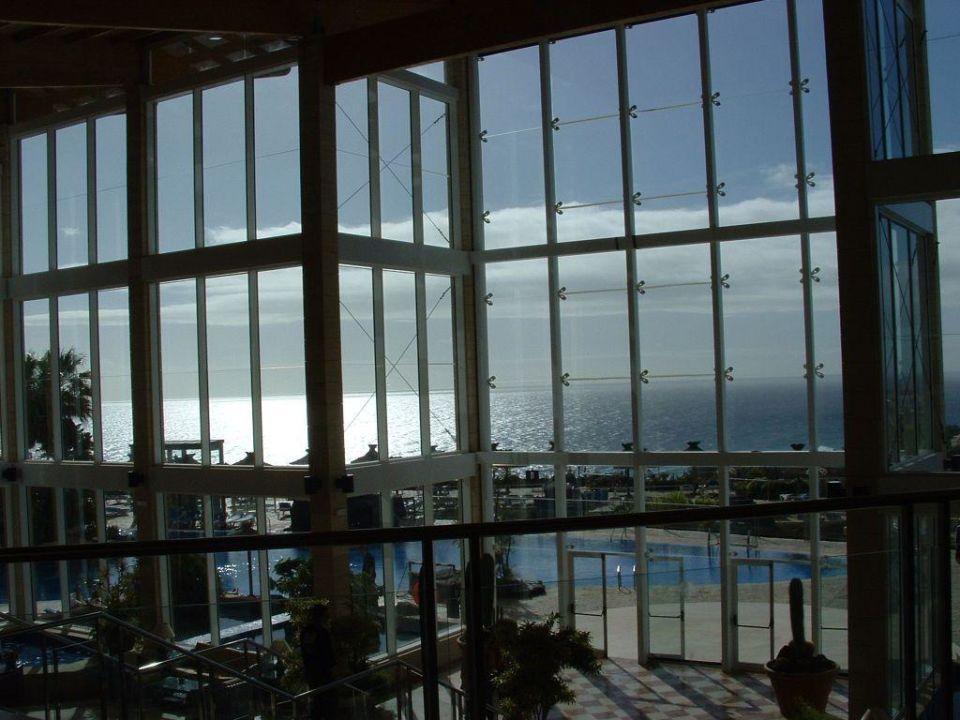 Blick aus der Eingangshalle Hotel Ambar Beach