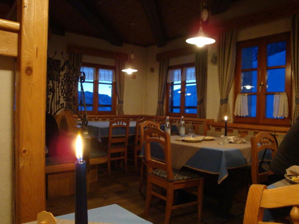 Frühstücks- und Abendessen-Raum Hotel Friedrich August