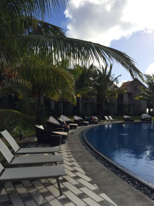 bild grosser pool zu maritim crystals beach hotel mauritius in palmar. Black Bedroom Furniture Sets. Home Design Ideas