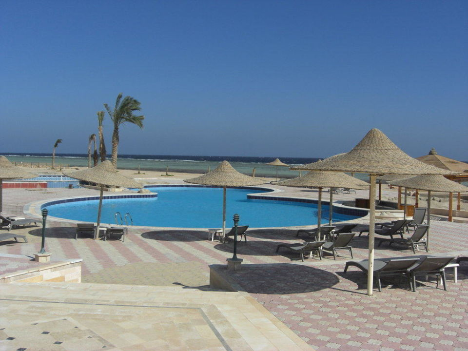 Pool Paradise Club Shoni Bay