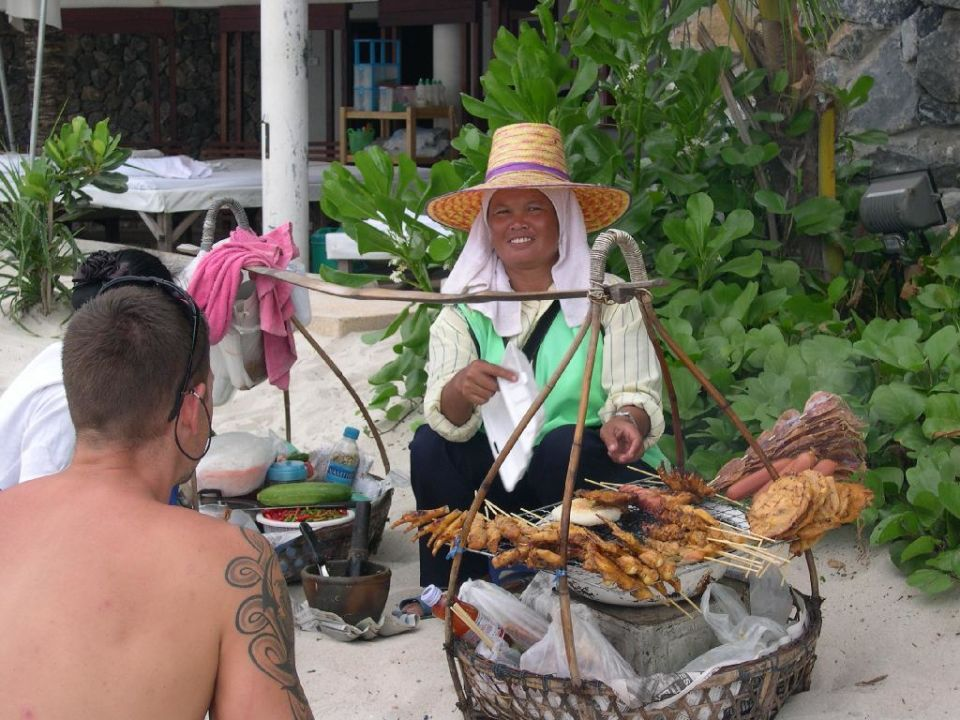 Essen am Strand von Koh Samui Hotel Banana Fan Sea