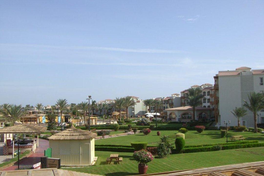 Ausblick von Terrasse Hauptrestaurant Dana Beach Resort