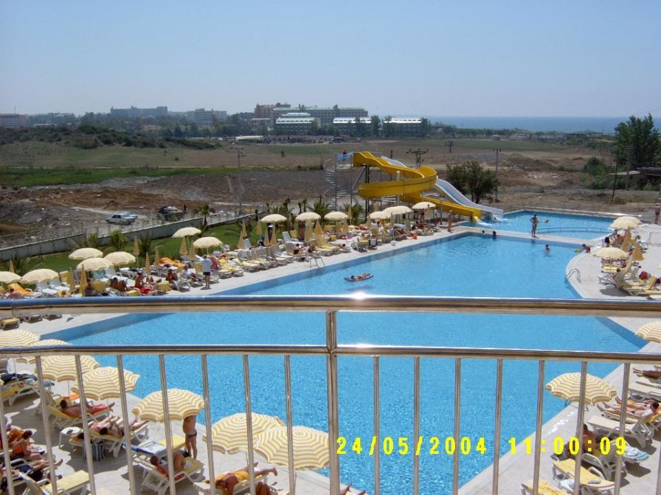 Diamond Beach - Terrassenblick auf Pool Diamond Beach Hotel & Spa