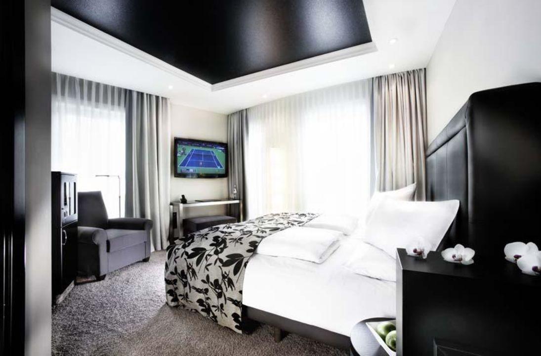 Bild design deluxe zimmer zu hotel newberlin in berlin for 4 design hotel q berlin