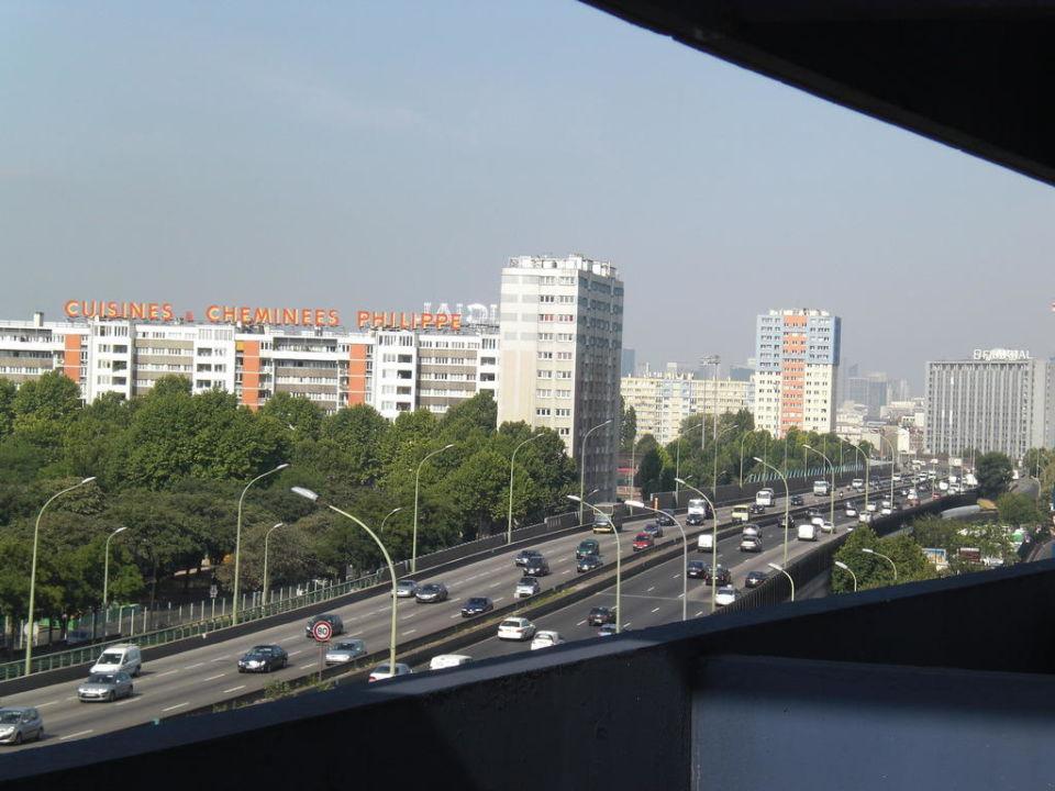 Autobahn ibis budget hotel paris porte de montmartre saint ouen holidaycheck gro raum - Ibis budget paris porte de saint ouen ...