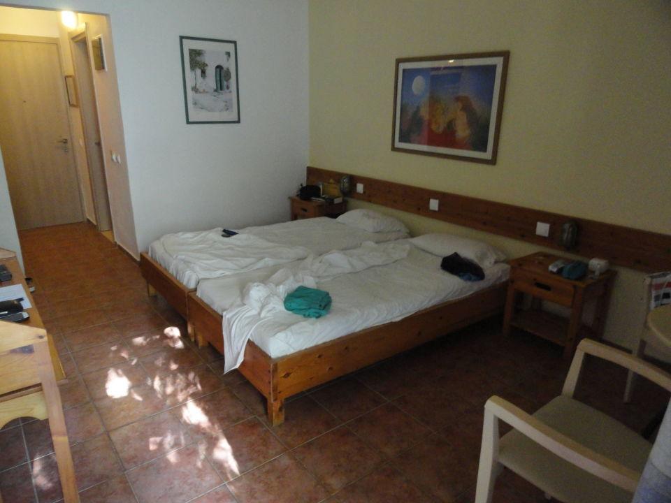 """Das """"letzte"""" Zimmer im Keller Hotel Alkyon"""
