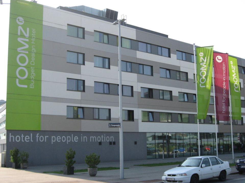 Hotelfront Hotel Roomz Vienna Gasometer Wien Holidaycheck Wien
