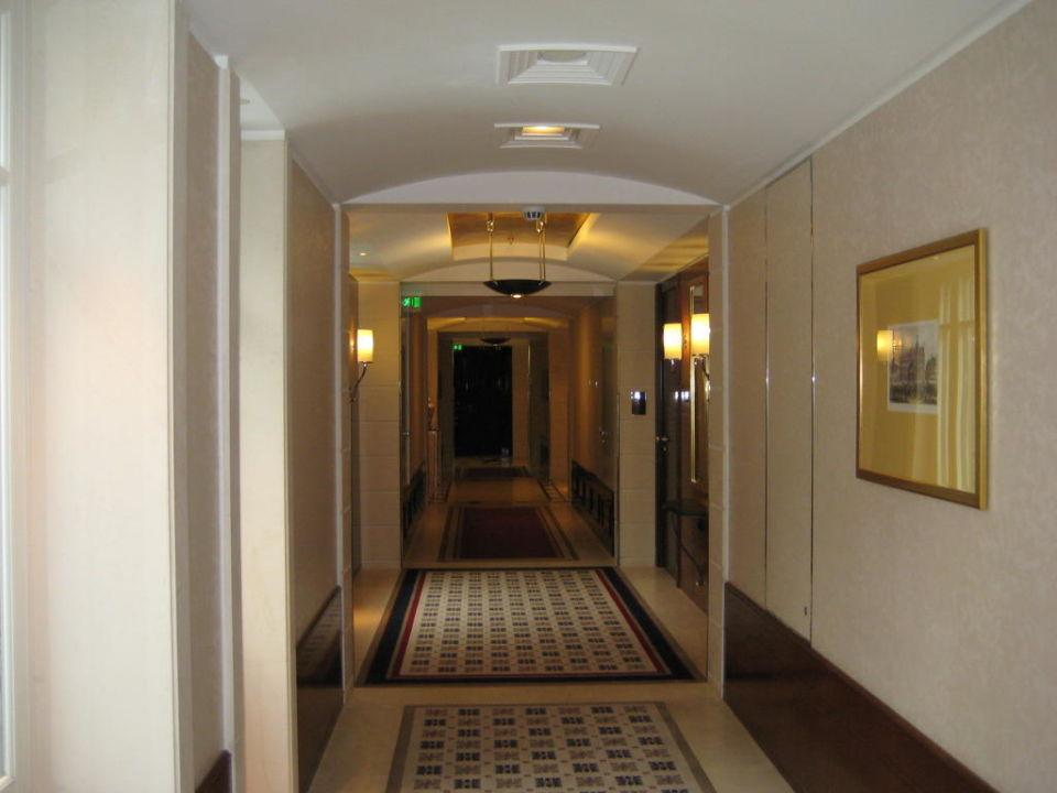 Quot Flur Auf Der 4 Etage Quot Hotel Adlon Kempinski Berlin Berlin Mitte Holidaycheck Berlin