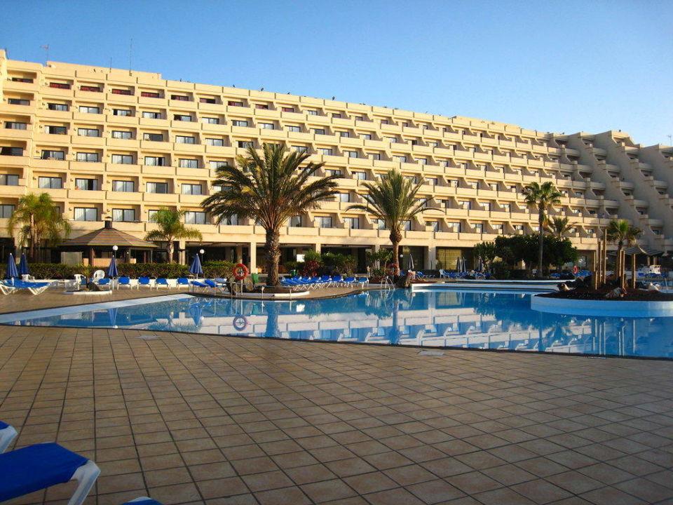 Hotel vom Gartentürchen aus Hotel Grand Teguise Playa
