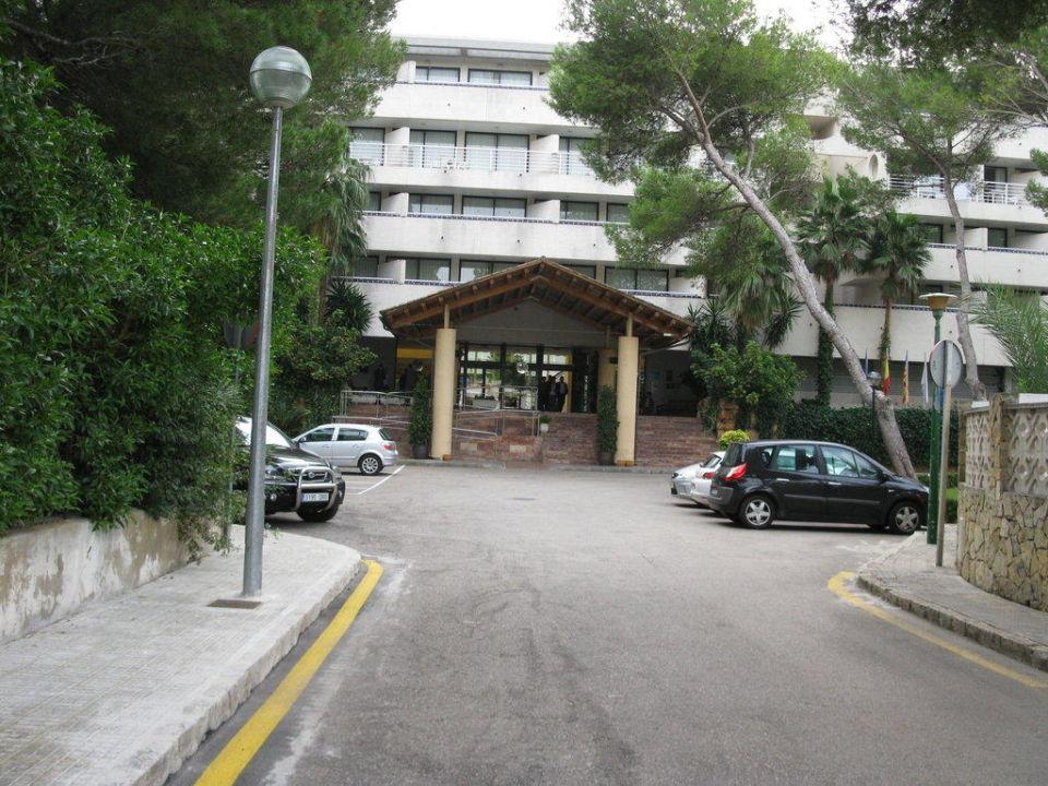 Eingangsbereich des Hotels IBEROSTAR Cristina