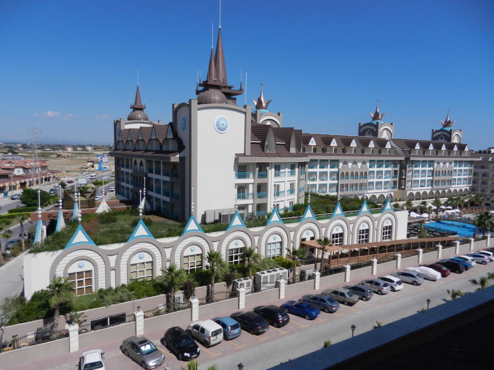 Crown Palace Side Hotel