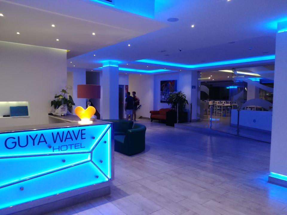 Lobby smartline Guya Wave