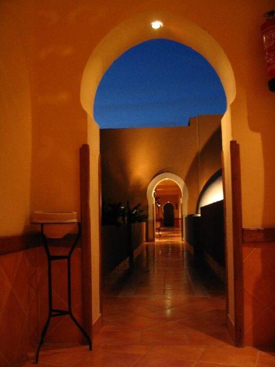 Gang zum Zimmer The Grand Makadi