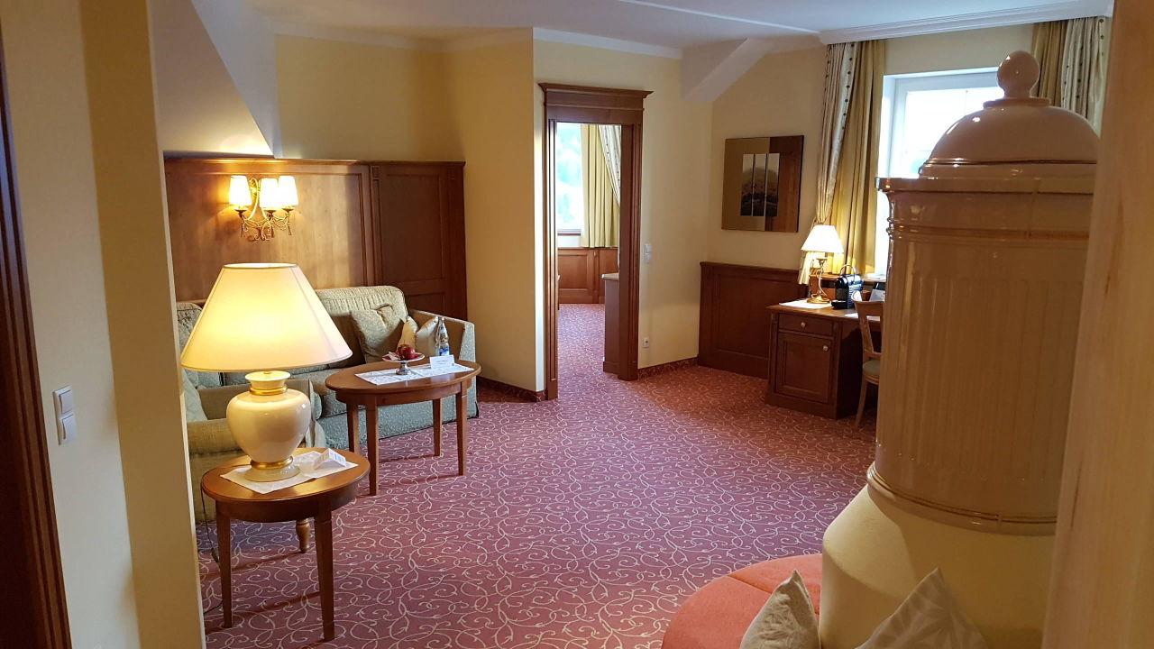 Das große Wohnzimmer der Schlössl-Suite\