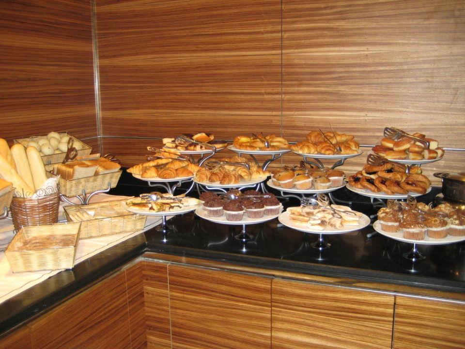 Süßigkeiten & gebäck  Süßigkeiten und Gebäck beim Frühstück