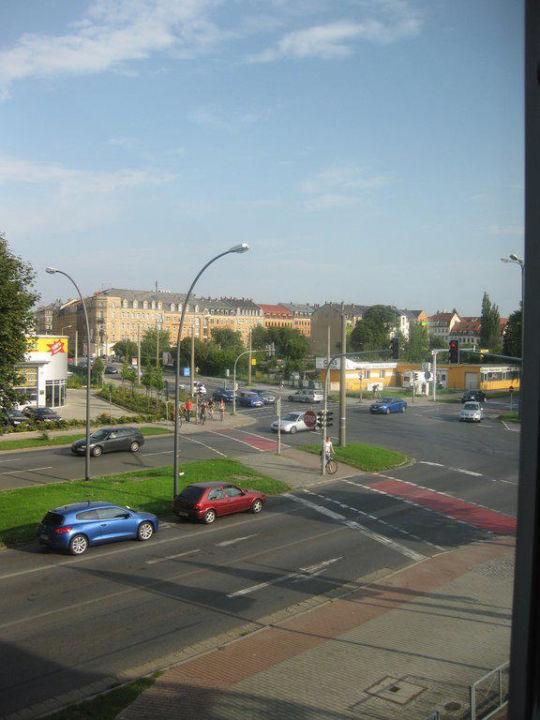 Ausblick zur Straße NH Dresden Neustadt