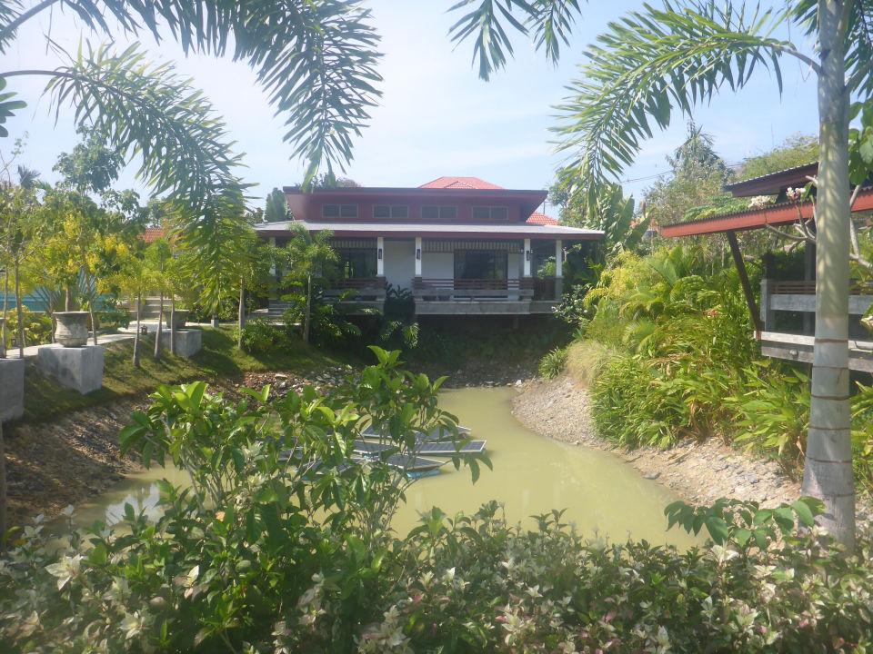 Gartenanlage Arthaya Villas
