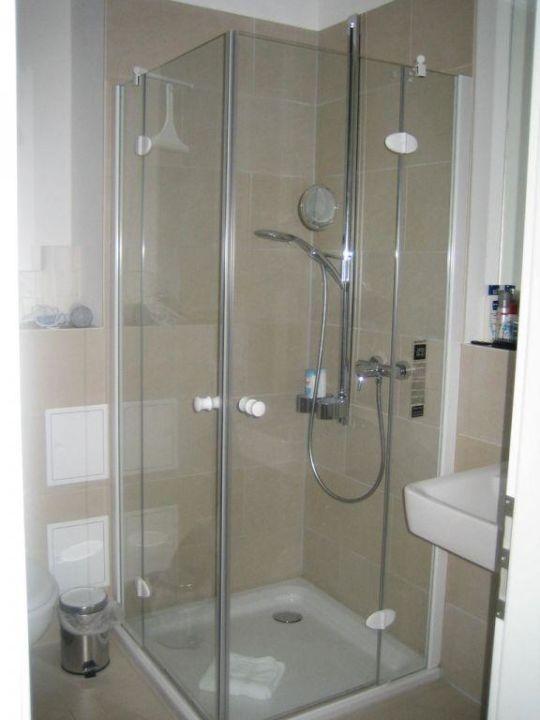 Dusche in Wohnung Kurt Tucholsky Autorenhaus - Ferienwohnung 16