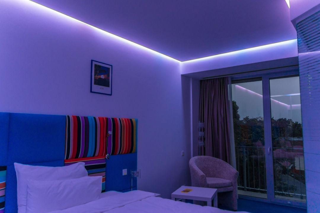Zimmer Mit Beleuchtung Hotel Marshal Garden Bukarest