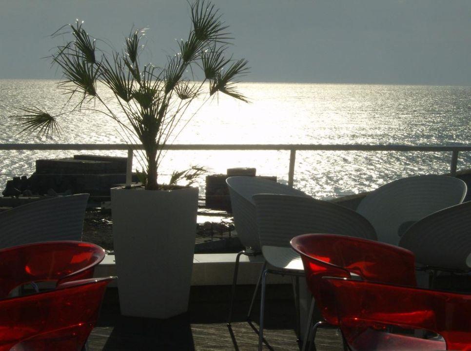 Terrasse Hotel Dolphin Marina