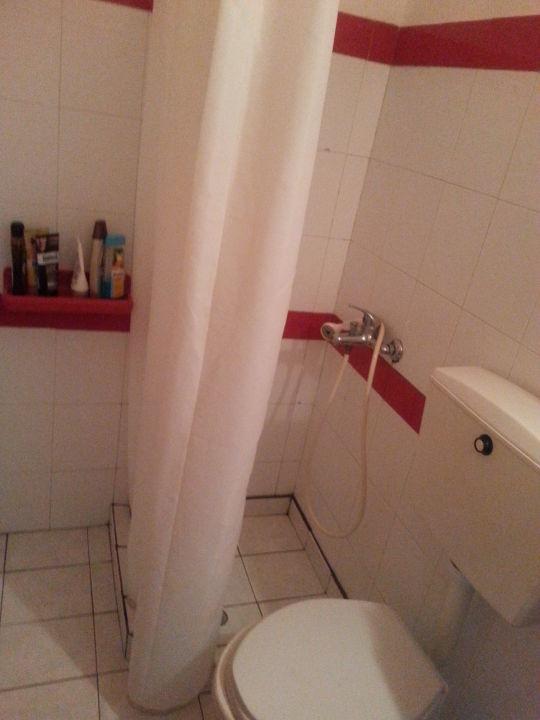 dusche toilette villa violetta acharavi holidaycheck korfu griechenland. Black Bedroom Furniture Sets. Home Design Ideas