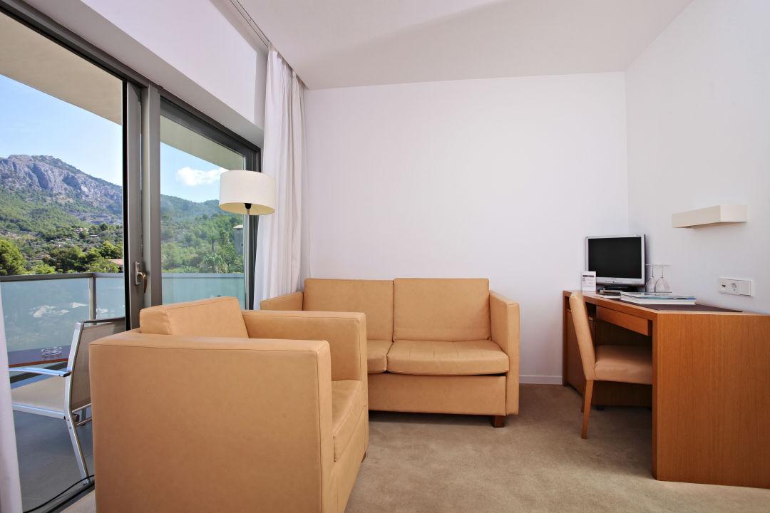 Zimmer Aimia Hotel