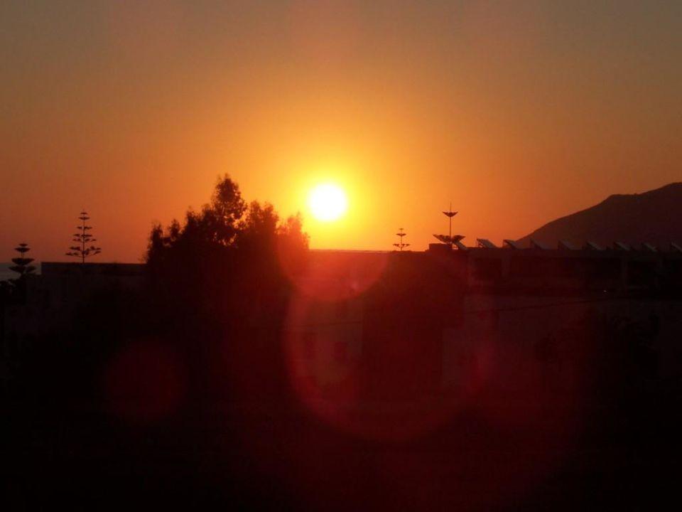 Sonnenaufgang vom Balkon Hotel Ermioni Beach