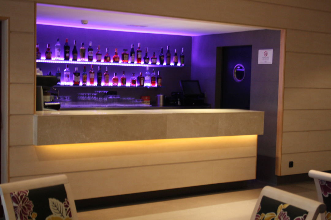 Lobby bar Sunotel Club Central