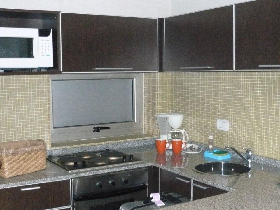 Voll ausgestattete und blitz saubere Küche Hotel Ayres de Palermo