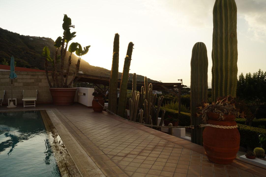 Gartenanlage Villa Miralisa