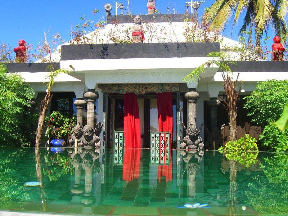 Puri Dadap Merah Hotel Tugu Lombok