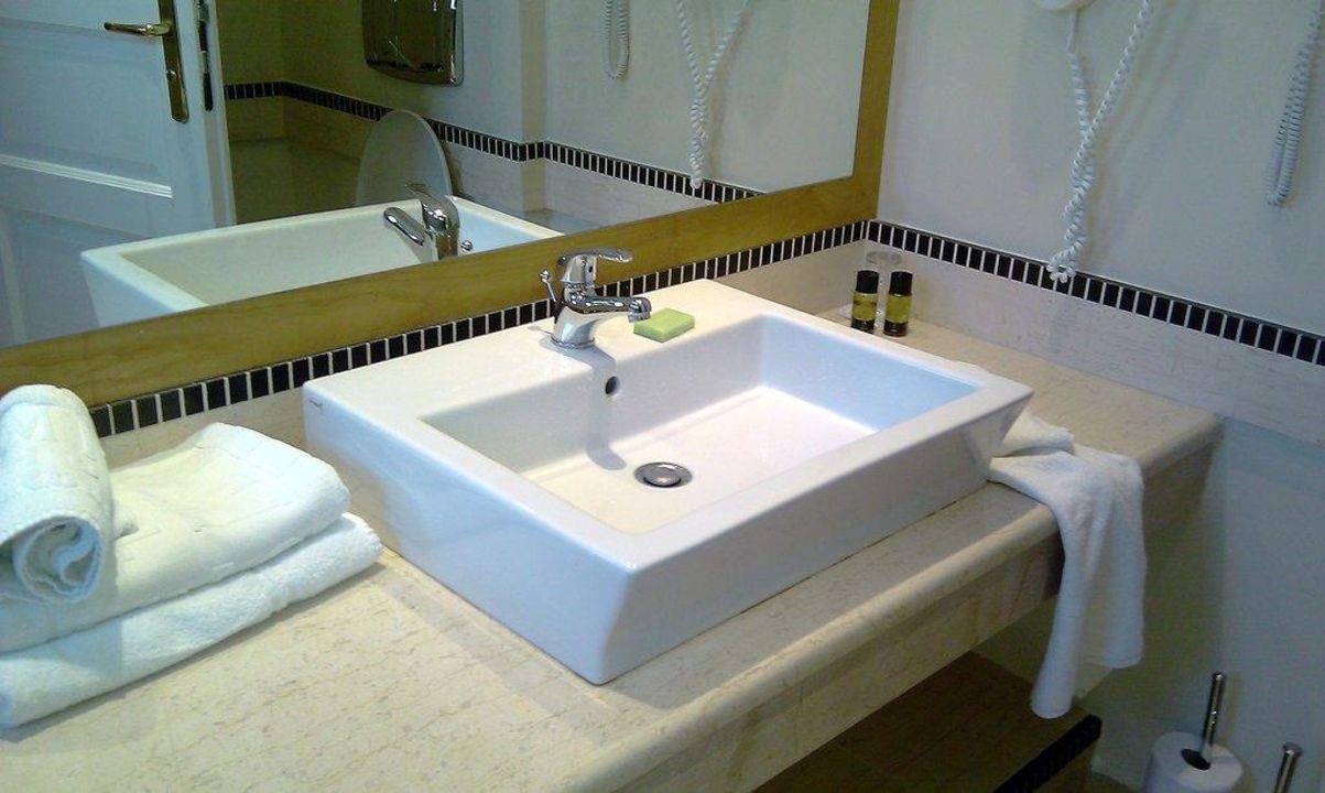 badezimmer mitsis rhodos maris resort spa kiotari holidaycheck rhodos griechenland. Black Bedroom Furniture Sets. Home Design Ideas