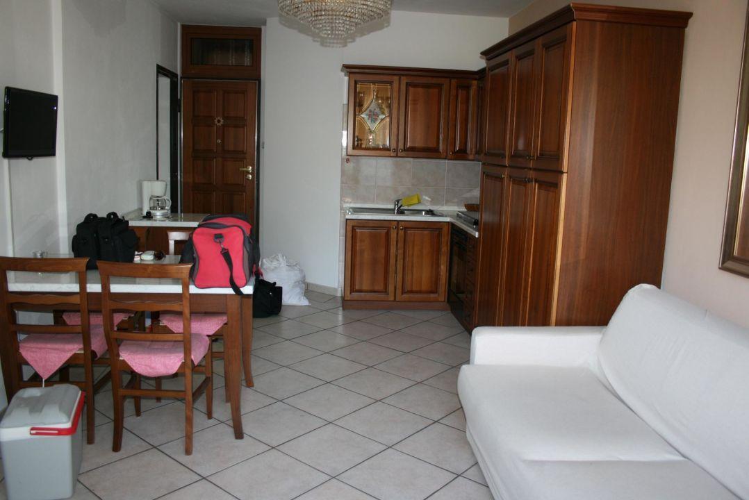 bild k che wohnzimmer zu residence villa margherita in. Black Bedroom Furniture Sets. Home Design Ideas